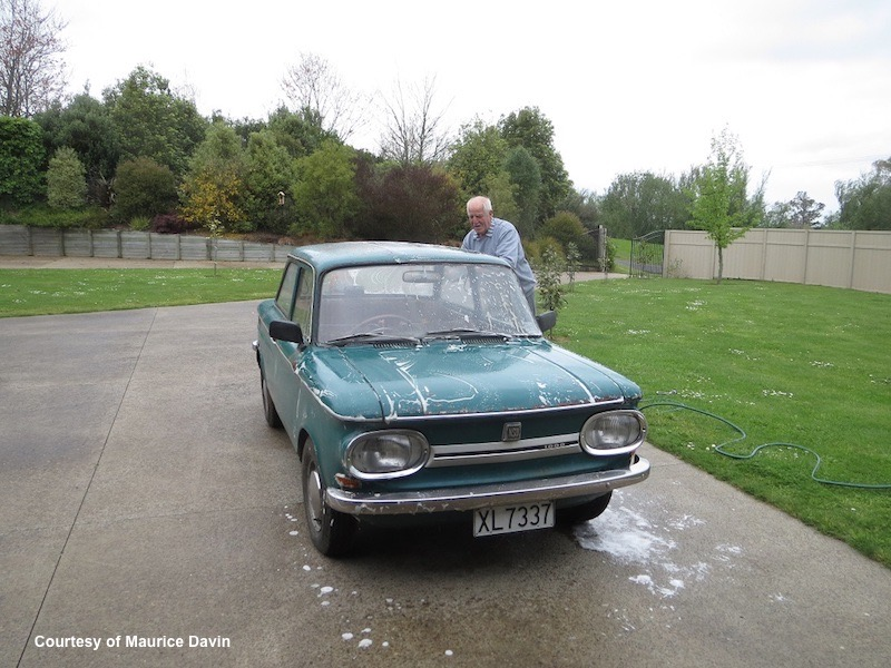 Keith washing NSU 1000C 14 October 2019
